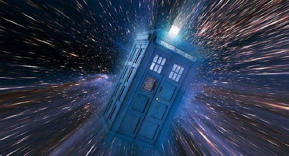time-travel-in-phone-booth-650x351