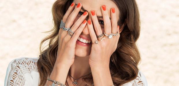 Серебряные кольца Оникс