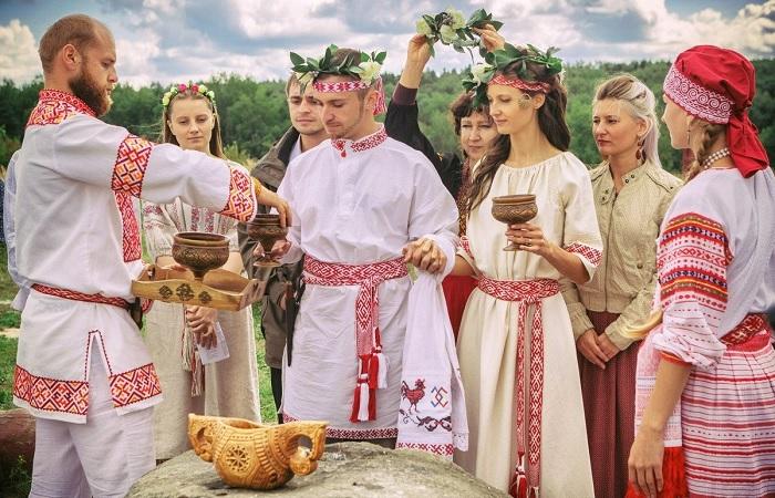 По какому запаху определяли русских