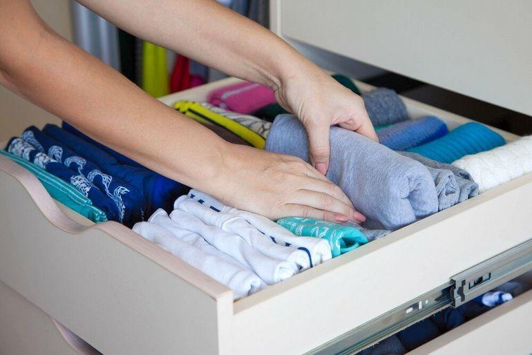 Чтоб моль не появилась, а одежда в шкафу всегда пахла свежестью – пара хитростей