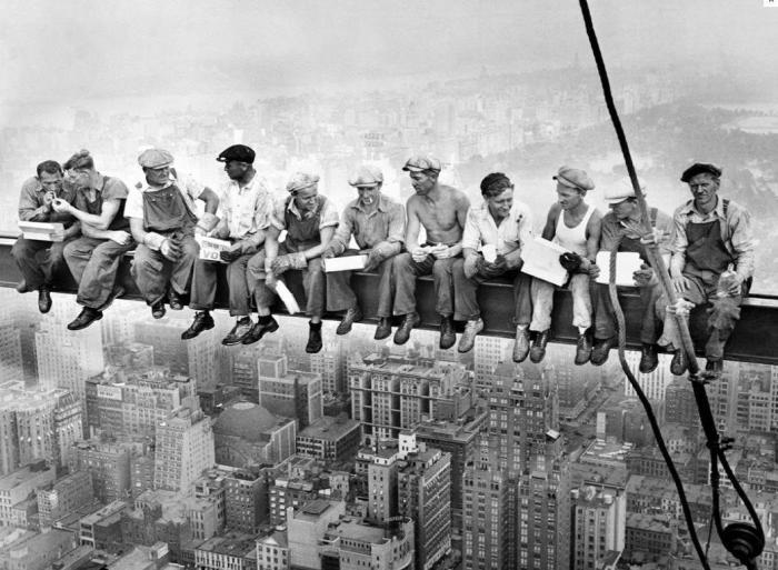 «Обед на вершине небоскреба»: история одной знаковой фотографии