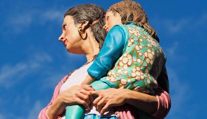 О женщине без денег и с ребенком на руках